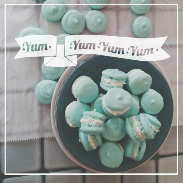 blue macarons