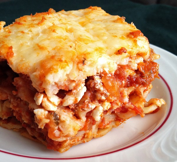 Easy Lasagna Recipe - Someplace That's Green