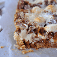 Gingerbread 7-Layer Bars   Something Swanky #christmas #cookie #bars