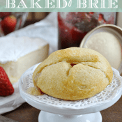 Single Serve Baked #Brie at www.somethingswanky.com
