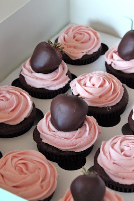 Chocolate Covered Strawberry Cupcakes from Baked Perfection