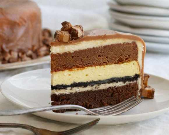 White Chocolate Cheesecake and Chocolate Milky Way cake