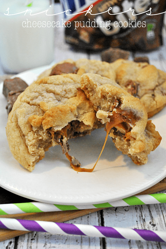 Snickers Cheesecake Pudding Cookies | www.somethingswanky.com