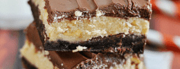 Peanut Butter Cake Mix Bars | www.somethingswanky.com