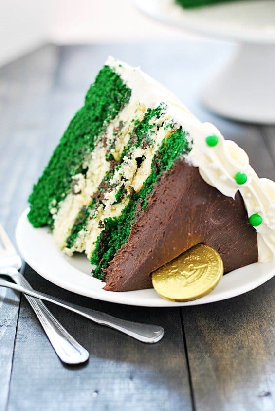 green cheesecake, st. patrick's day, velvet cake, eventsojudith, green food coloring