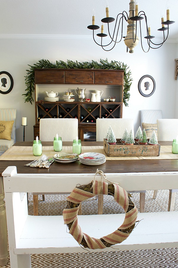 12 Day of Christmas Tablescapes