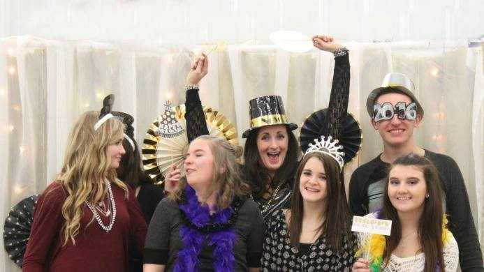 new years eve 2016 friends silly photo props 2