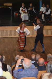 Dancing polska från Idre with Stig in 2014.