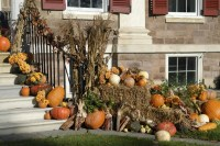 fall outdoor decorations with hay - 28 images - how to ...