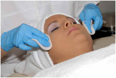 does-a-chemical-peel-work-to-remove-age-spots