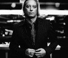 "Peter Buck regresa con ""10 Million BC"""