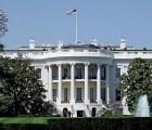 Hombre intenta acceder a la Casa Blanca con bolsas sospechosas