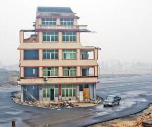 casa_china_en_autopista_1
