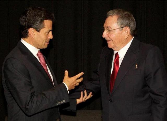 EPN Raul Castro