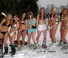 700 rusas en bikini por un Récord Guinness
