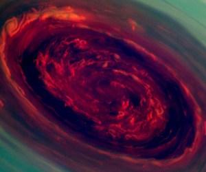 Tormenta-en-Saturno