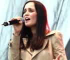 """Julieta Venegas - """"Vuelve"""" (con Gepe y Javiera Mena)"""
