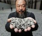 "El activista chino Ai Weiwei estrena canción metalera: ""Dumbass"""