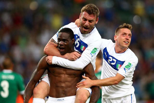 Gol-Balotelli-Confederaciones