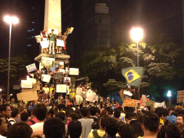 Protestas-Belo-Horizonte-12