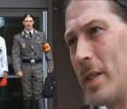 Padre de Adolfo Hitler Campbell reclamó la custodia de su hijo vestido de nazi