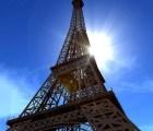 El homenaje de la Torre Eiffel a Nelson Mandela