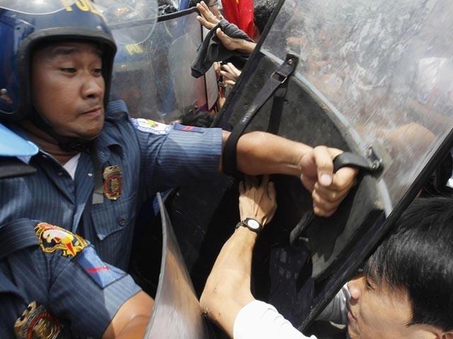 manifestacion_filipina_2