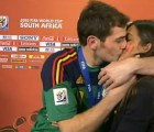 Y en la nota idiota del día... ya puedes apostar por el nombre del hijo de Iker Casillas