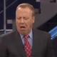 WTF?!?! Presentador de televisión come vómito de gato en pleno programa