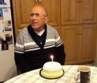 Este hombre de 70 años con Alzheimer se da cuenta de que es su cumpleaños