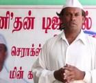 Un hombre en la India lleva 25 años caminando hacia atrás
