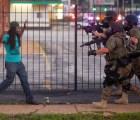 """""""Si no quiere ser electrocutado o golpeado solo haga lo que digo"""": policía estadounidense"""