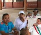 """Alcalde michoacano -otro- es exhibido en compañía de """"La Tuta"""""""