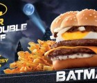 Ésta es la hamburguesa oficial de Batman en Hong Kong