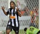 A falta de un ídolo... los mexicanos morimos por Ronaldinho