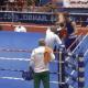 """Video: Este boxeador se ganó el premio al """"peor perdedor en la historia"""""""