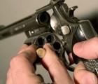 Muere custodio de valores por impacto de bala... jugaba ruleta rusa