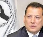 Ombudsman perdería nacionalidad: aceptó condecoración sin permiso