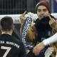 Video: Ribéry fue agredido por un fanático en un partido de la Copa Alemana