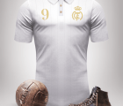 Una colección de jerseys retro de grandes clubes