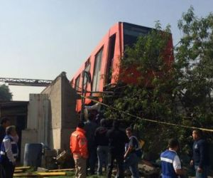 Metro se queda sin frenos y descarrila en El Rosario