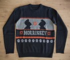 Suéteres navideños horribles... con QotSA, Slayer o The Smiths