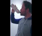 ¡Lo estás haciendo mal!… Aprende a tomar jugo correctamente