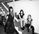 "Una docena de celebridades interpreta ""No Cities to Love"" de Sleater-Kinney"