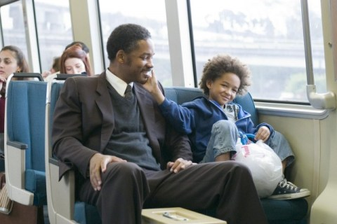still-of-will-smith-and-jaden-smith-in-the-pursuit-of-happyness-2006-large-picture1