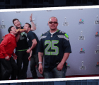 Los photobomb de Chris Evans, Jimmy Fallon y Chris Pratt en el Super Bowl
