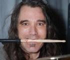 Giran orden de aprehensión contra Dave Abbruzzese ex-baterista de Pearl Jam