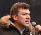 Asesinan a político que se oponía a Putin fuera del Kremlin