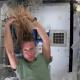 Así se lavan el cabello los astronautas