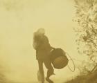 Niños alcanzados por la guerra en el nuevo video de The Smashing Pumpkins